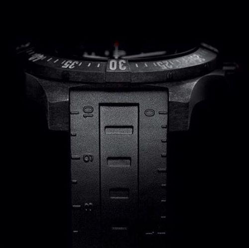 Colt Skyracer Breitlight / Black / Black Rubber
