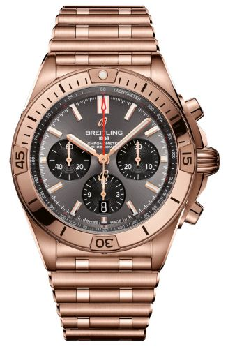 Chronomat B01 42 Red Gold / Anthracite / Rouleaux