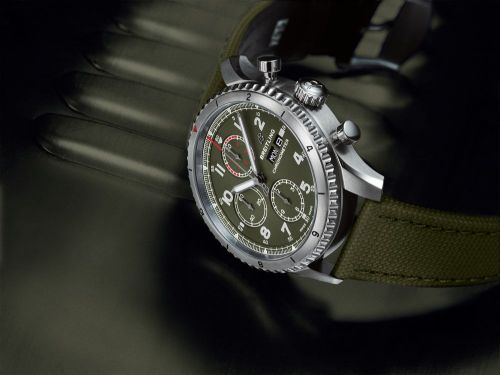 Aviator 8 Chronograph 43 Stainless Steel / Curtiss Warhawk / Canvas / Tang